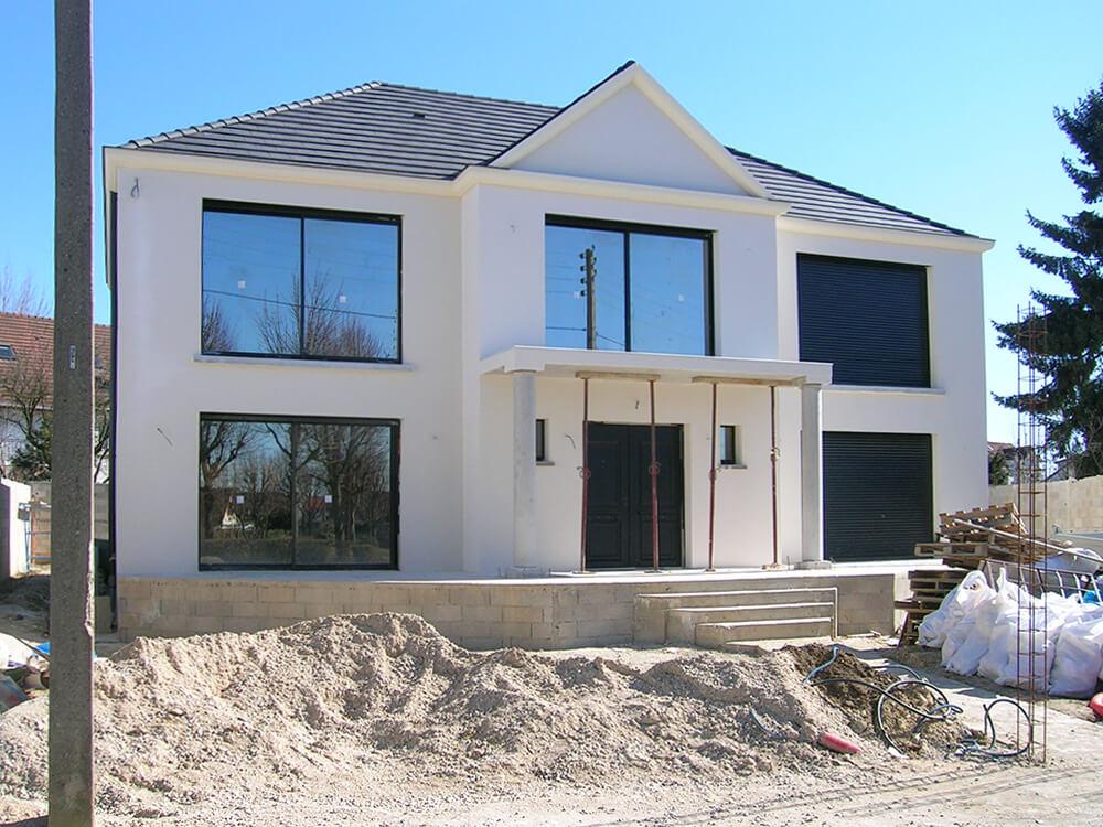 94430 Chennevières-sur-Marne-Fenêtres, volets, porte d'entrée en aluminium noir