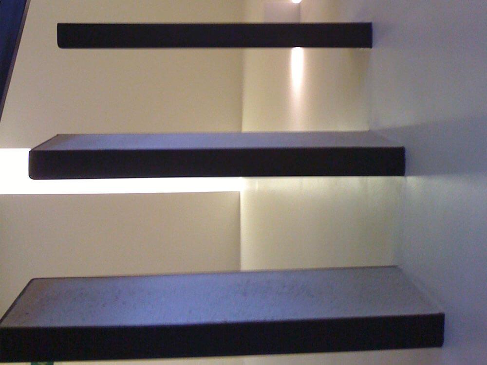 75008 Paris-Escaliers et puit de lumière sur-mesure