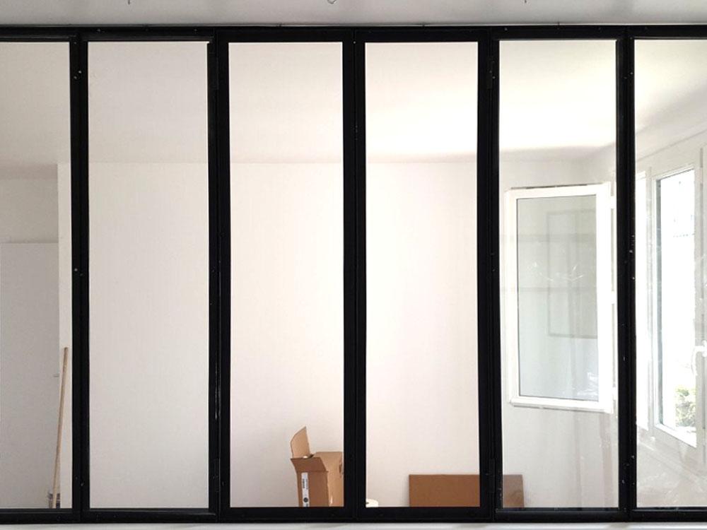 75015 Paris-Verrière laquée noire